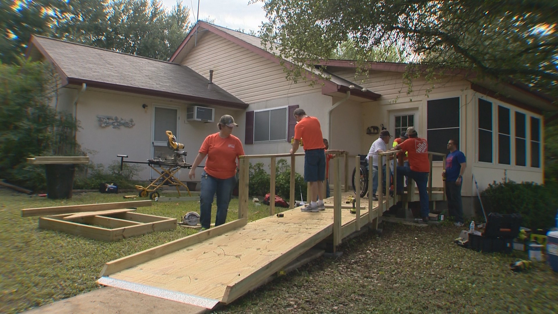 Kens5 Com Texas Ramp Project And Home Depot Team Up To