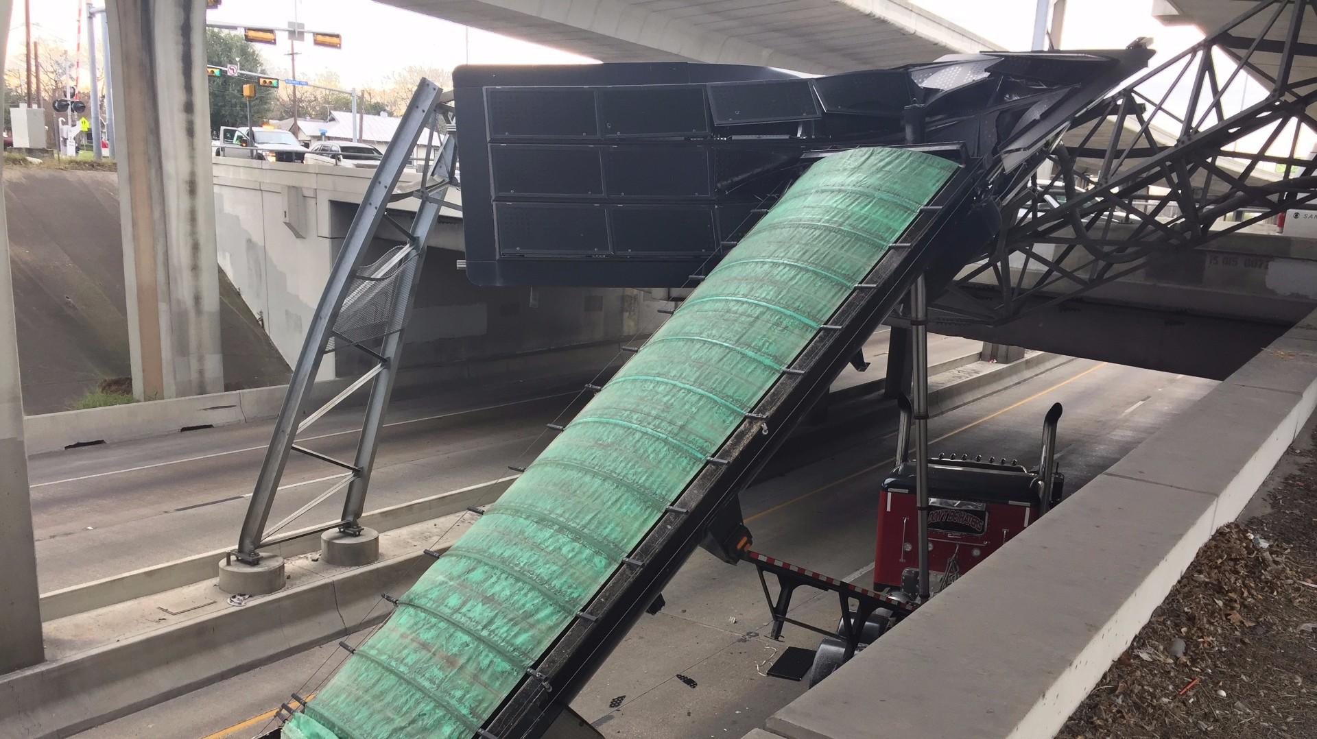 Big rig crash at I-10, Cincinnati blocks traffic   kens5.com