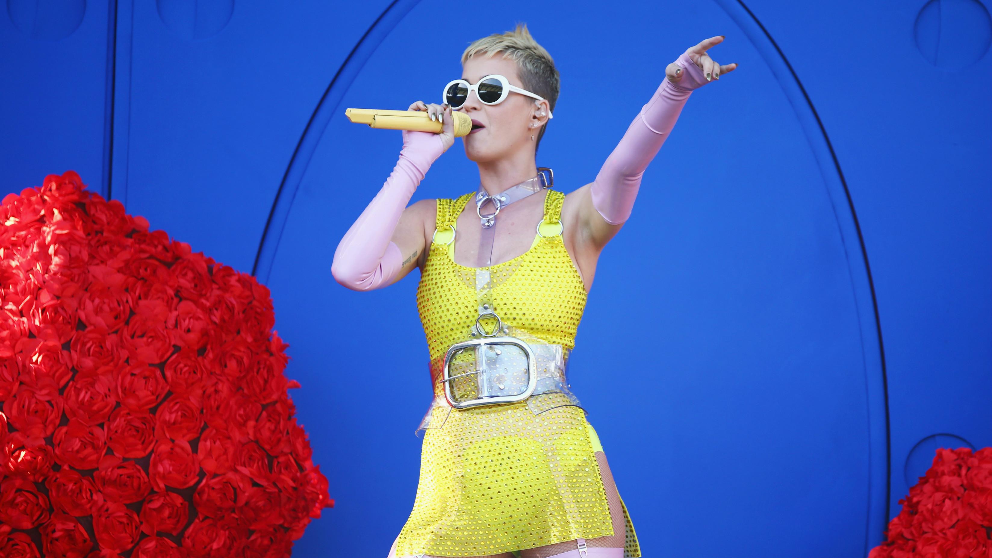 Katy Perry Bringing Tour To Houston In 2018 Khou Com